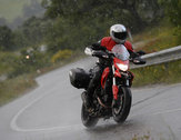 Web ducati hyperstrada action rain